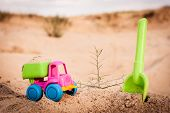 picture of dump-truck  - Toy dump - JPG