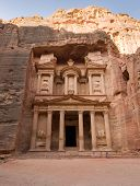 image of treasury  - PETRA JORDAN  - JPG