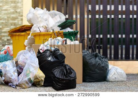 Lots Waste Bin Recycle And