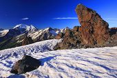 Постер, плакат: Закат цвета на Эльбрус пик горы Кавказа
