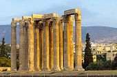 Постер, плакат: Древний храм Зевса