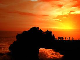 image of tanah  - Tanah Lot Sunset  - JPG