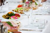 pic of catering service  - Catering services - JPG