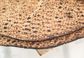 picture of seder  - Jewish Holidays  Traditional Matzot Laid Out on Passover Seder Table - JPG
