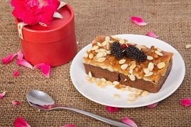 image of toffee  - Homemade toffee cake with mulberry - JPG