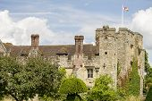 foto of hever  - View of Hever Castle in Kent England - JPG