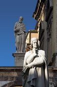 picture of alighieri  - Photo of the statue of Dante Alighieri in Piazza dei Signori in Verona - JPG