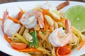 pic of thai cuisine  - green papaya salad thai food Thai cuisine  - JPG