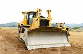 picture of bulldozer  - A large bulldozer at an construction site - JPG