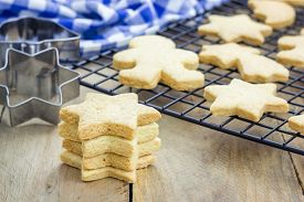 pic of shortbread  - Fresh baked homemade shortbread cookies on a cooling rack - JPG