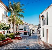 foto of southern  - Picturesque street of Rancho Domingo - JPG