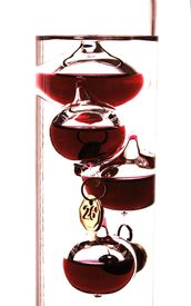 pic of galileo-thermometer  - Close - JPG