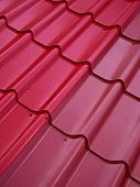 pic of red roof tile  - Colored tin roof structure that mimics the tiles - JPG