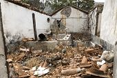 picture of collapse  - Former residential home on Gomera island - JPG