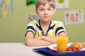pic of school lunch  - Cute little boy an his lunch at school - JPG