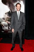 NEW YORK-DEC 3: Director Peter Berg attends the premiere of