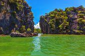stock photo of phi phi  - Delightful island - JPG