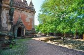 picture of pagan  - Htilominlo temple was king of Pagan dynasty of Myanmar - JPG