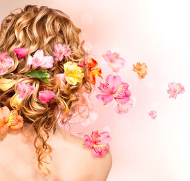 foto of perm  - Hairstyle with colorful flowers - JPG