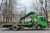 picture of wreckers  - Tow car in the street of the town - JPG