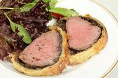 foto of boeuf  - A meal of beef wellington - JPG