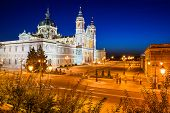 picture of royal palace  - adrid - JPG