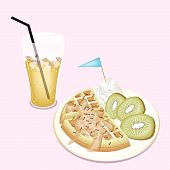 Lemon Iced Tea With Tradition Belgian Waffle