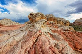 foto of plateau  - Plateau from white and red sandstone - JPG