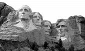 pic of mount rushmore national memorial  - THe world famous carving of the Presidents - JPG