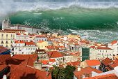 Постер, плакат: Tsunami In Lisbon