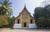 image of thong  - Wat Xieng Thong temple in Luang Prabang  - JPG
