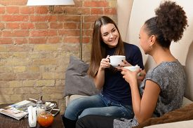 foto of cafe  - Friends in coffee shop - JPG