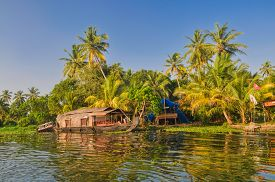 pic of alleppey  - Picturesque houseboat traditional for Alleppey region in India - JPG
