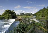image of avon  - bridge over a weir - JPG