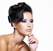 pic of beautiful face  - Beautiful face of a glamour woman with modern curly hairstyle and brightly makeup - JPG