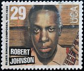 Estados Unidos - CIRCA 1994: sello impreso en Estados Unidos muestra el cantante de blues Robert Johnson