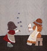 pic of applique  - Sunbonnet sue applique quilt with two little girls - JPG