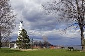 pic of winnebago  - Neenah Lighthouse in Wisconsin - JPG
