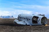 pic of wrecking  - Wreck airplane in South Iceland is landmark for travelers and photographers - JPG
