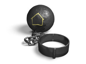 picture of slave-house  - Steel ball with house shape on a chain and shackle - JPG