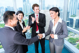picture of applause  - Asian Business Team  - JPG