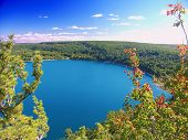 picture of shoreline  - Beautiful view of Devils Lake State Park in Wisconsin - JPG