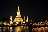 pic of buddhist  - Wat Arun or  - JPG