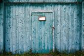 picture of door  - This is Old wooden barn door closeup - JPG