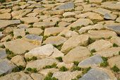 foto of fieldstone-wall  - multiple stones in perspective making a pattern - JPG
