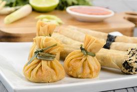 picture of lumpia  - Oriental Snacks  - JPG