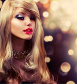 image of hair streaks  - Blonde Hair - JPG