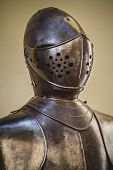 picture of armor suit  - honor - JPG