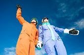 pic of family ski vacation  - skiing and snowboarding - JPG