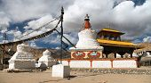 image of india gate  - Stupas and Friendship Gate in Leh  - JPG